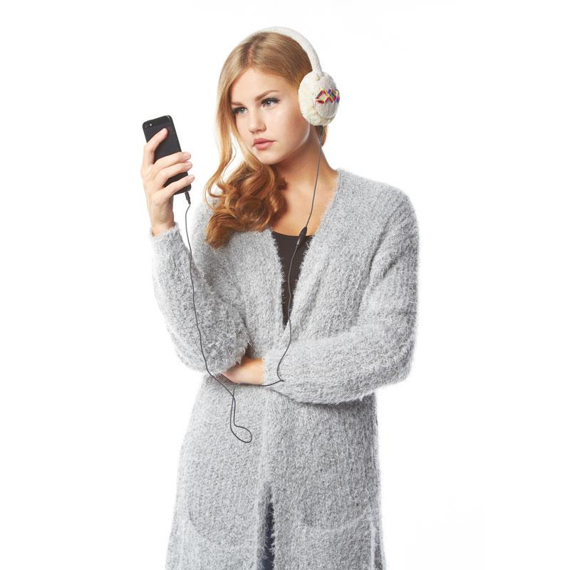 Jåjk hörlurar med stickat mönster vita